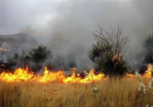 اعزام بالگرد برای اطفای آتش در جنگل های ارسباران